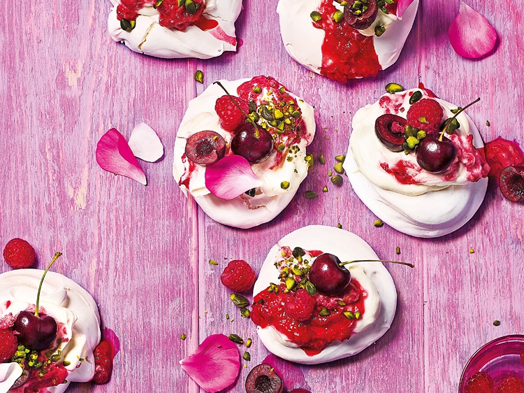 Cherry and pistachio meringues